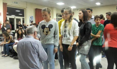 Domenica 22 ottobre monsignor Derio Olivero ha incontrato i giovani della diocesi