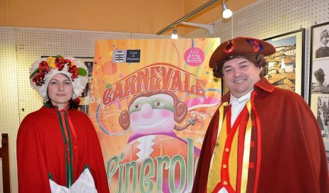 """Il """"naso rosso"""" Davide Gozzi è il nuovo Gianduja di Pinerolo"""