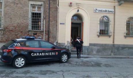Rapina all'Unicredit di Vigone. Già rintracciati i ladri rimasti feriti durante l'esplosione