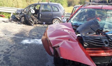 Incidente frontale tra Frossasco a Cumiana. Due i feriti