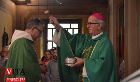 [ photogallery ] L'ingresso di don Mauro Roventi Beccari nella parrocchia di Perosa Argentina