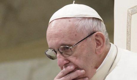 """Il Papa: pregate per la chiesa. """"Il diavolo mira a dividerci da Dio e tra di noi!"""""""