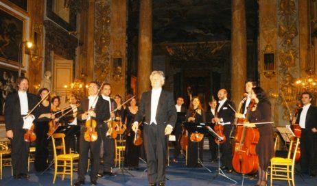 """Domenica 2 dicembre """"Capodanno a Vienna"""" con l'Accademia di Musica di Pinerolo"""