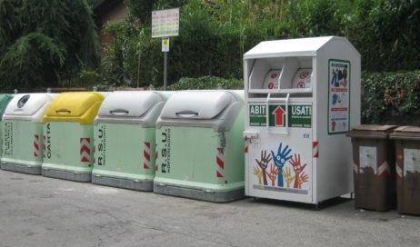 Buttare i rifiuti? Ci vuole la tessera!