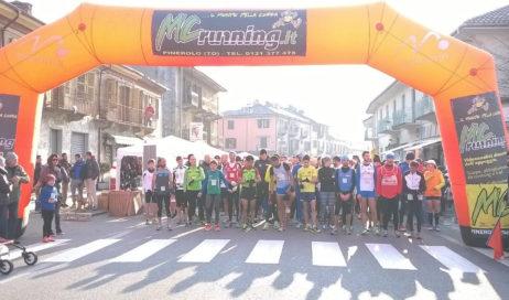 Villar Perosa. Domenica mattina di corsa o al passo