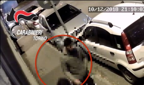 Pinerolo. Accoltellamento in piazza Roma: identificato l'aggressore