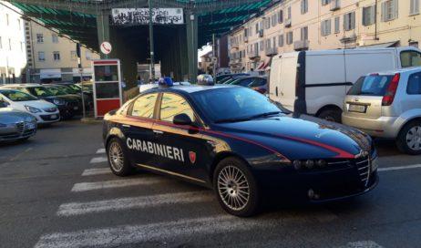 Pinerolo. Prognosi riservata per l'uomo accoltellato in piazza Roma