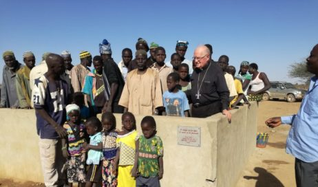 #cronacheafricane Monsignor Debernardi inaugura un pozzo in Burkina