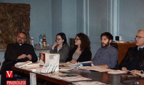 """[ photogallery ] Presentato il libro """"Dialoghi d'Acaia 2018"""" e già si pensa alla prossima edizione"""