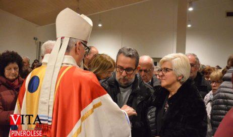 [ Photogallery ] Il vescovo di Pinerolo ha benedetto gli innamorati nel giorno della festa di San Valentino