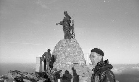 Dubbione. Il 17 febbraio la Corale ricorda don Mario Ambrosiani nella messa