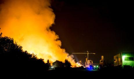 Incendio ex-Annovati: si valutano diverse soluzioni per lo spegnimento