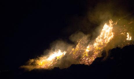 In un video le immagini più eloquenti dell'incendio al Bivio di Frossasco
