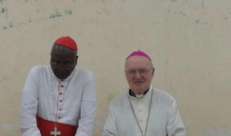 Burkina. Debernardi prega per il clero e il vescovo Derio nella messa crismale