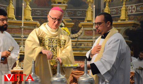 [Photogallery]. La messa del Crisma in Cattedrale