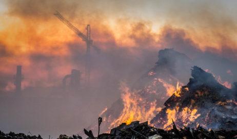 Frossasco. Un anno fa il devastante incendio  allo stabilimento Kastamonu