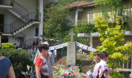 [Photogallery]. La scuola di Pinasca ricorda i partigiani uccisi a Castelnuovo