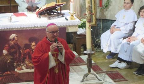 [Photogallery]. A Dubbione la cresima per il vecchio e il nuovo percorso catechistico
