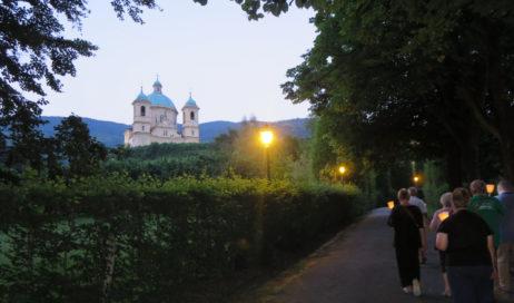 [Photogallery]. Fiaccolata da Sant'Aniceto a San Pietro in Vincoli per la festa patronale di Villar