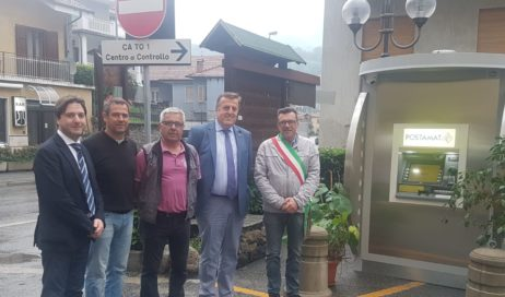A Pomaretto non c'è l'ufficio postale, ma ora c'è Postamat