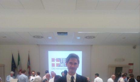 Gli auguri del consiglio comunale di Pinerolo al neo-consigliere metropolitano Tecco (M5S)