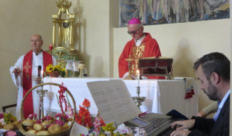 [Photogallery]. Anche il vescovo alla festa patronale di Balboutet