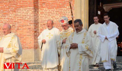 [Photogallery]. Pinerolo affidata alla Madonna alla fine delle celebrazioni per Maria Madre della Divina Grazia