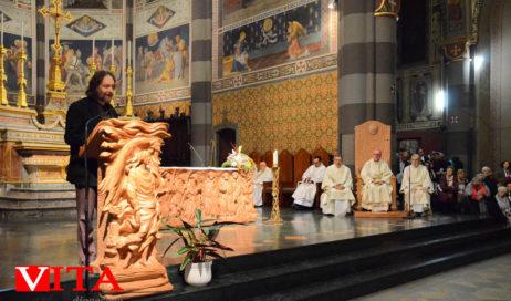 [Photogallery]. Messa col vescovo per i dieci anni di VITA