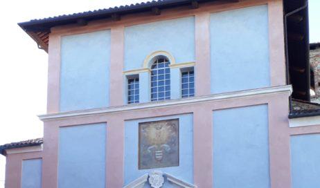 Pinerolo. Nuovi colori per la facciata di Sant'Agostino