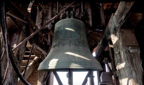 Un rintocco di campane per ricordare la preghiera con il vescovo