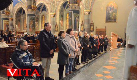"""[Photogallery]. In tanti col vescovo alla """"Festa della vita consacrata"""""""