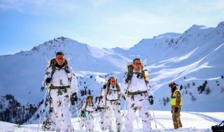 [Photogallery]. Addestramento invernale a Bousson per gli Alpini della Taurinense