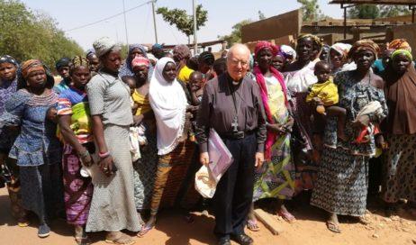 Il vescovo emerito Debernardi scrive dal Burkina Faso: non c'è 8 marzo per le donne del Sahel