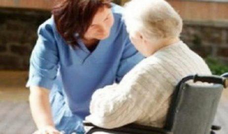 Regione. Monica Canalis attacca: Anziani dimenticati. Ci vogliono nuovi ingressi nelle RSA e assistenza domiciliare