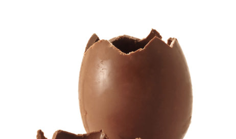 Caffarel e Ferrero regalano l'uovo di Pasqua al personale impegnato contro il #coronavirus