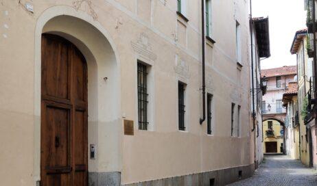 Riaprono gli uffici della Curia di Pinerolo
