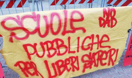 """Pinerolo. Il 2 luglio in piazza per urlare """"Priorità alla Scuola!"""""""
