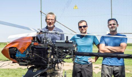 Testato a Riva di Pinerolo un innovativo elicottero-robot per la ricerca dei dispersi in montagna