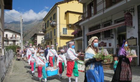 [Photogallery]. La festa di San Luigi a Fenestrelle