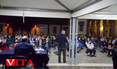 [Photogallery]. Carlin Petrini e il vescovo Derio presentano la Comunità Laudato si'