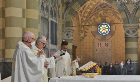 [ photogallery ] L'ingresso di don Alex Moreira nella parrocchia San Maurizio di Pinerolo