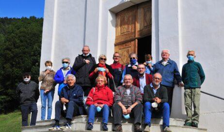 Perrero. Don Sestilio Coda in visita a San Martino