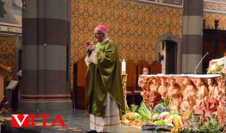 [photogallery]. Il vescovo Derio celebra la messa del Ringraziamento