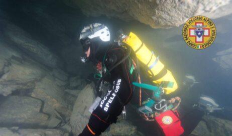Cuneo. Gli speleo sub del Soccorso Alpino in esercitazione alla Grotta dell'Orso
