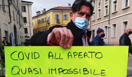 [ video ] A Pinerolo la protesta degli ambulanti non alimentari