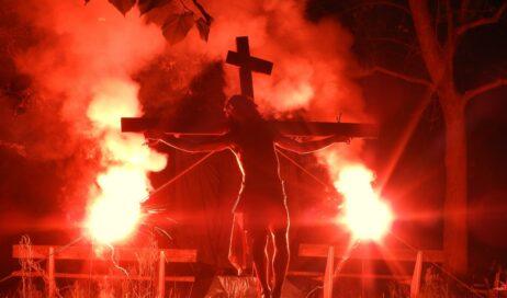 Pinerolo. La Via Crucis alla Tabona: il ricordo diventa speranza