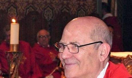 In preghiera per don Marco Silvestrini, ammalato di Covid