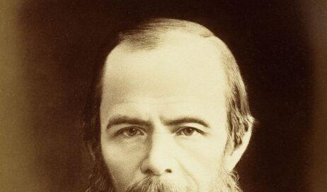 Dostoevskij e la potente debolezza del cristianesimo. Intervista a don Ermis Segatti