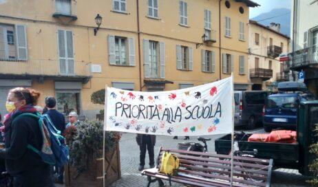[ photogallery ]. In Val Pellice continuano le manifestazioni contro la DaD