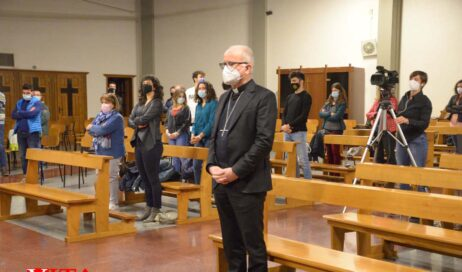 [ photogallery ]. Tabona. Via Crucis e il commento del Vescovo sull'Ultima Cena di Leonardo